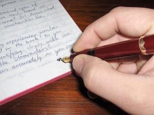 handwriting-1315768-1599x1203