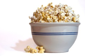bowl-of-popcorn-1329429-1599x1049