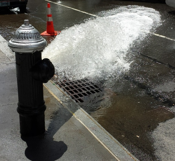 fire-hydrant-412211_1920
